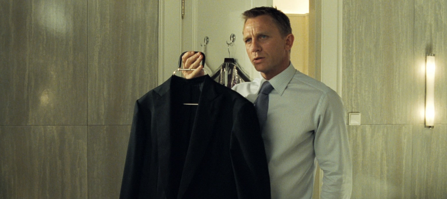 """""""I need you to look like a man who belongs at that table"""" – what we can learn from Vesper Lynd in Casino Royale"""